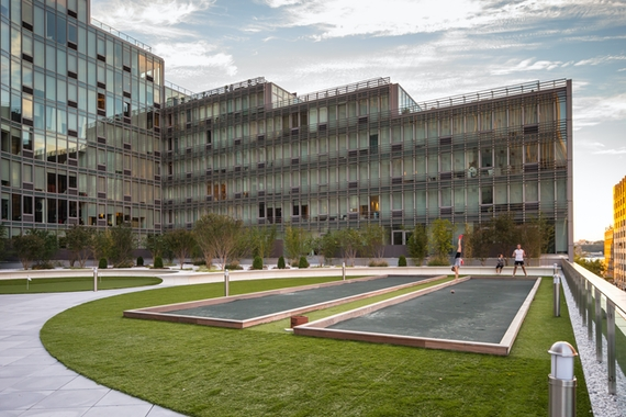 a large building