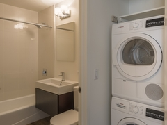 Thumbnail of Atlas New York: 21D a white sink sitting under a mirror