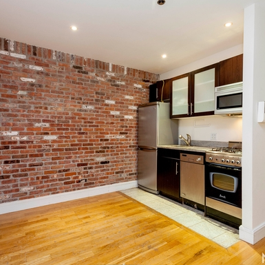 Photo of 636 East 11th Street