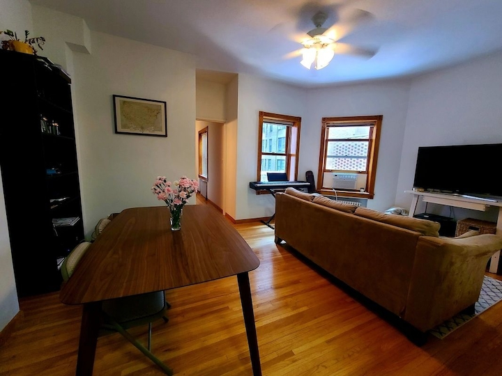 330 West 76th