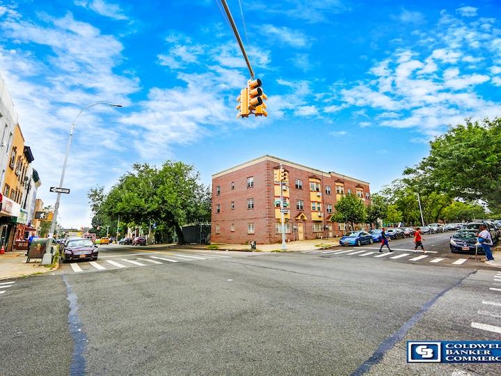 258-262 Rockaway Avenue