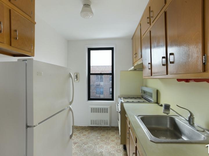 140-39 34th Avenue