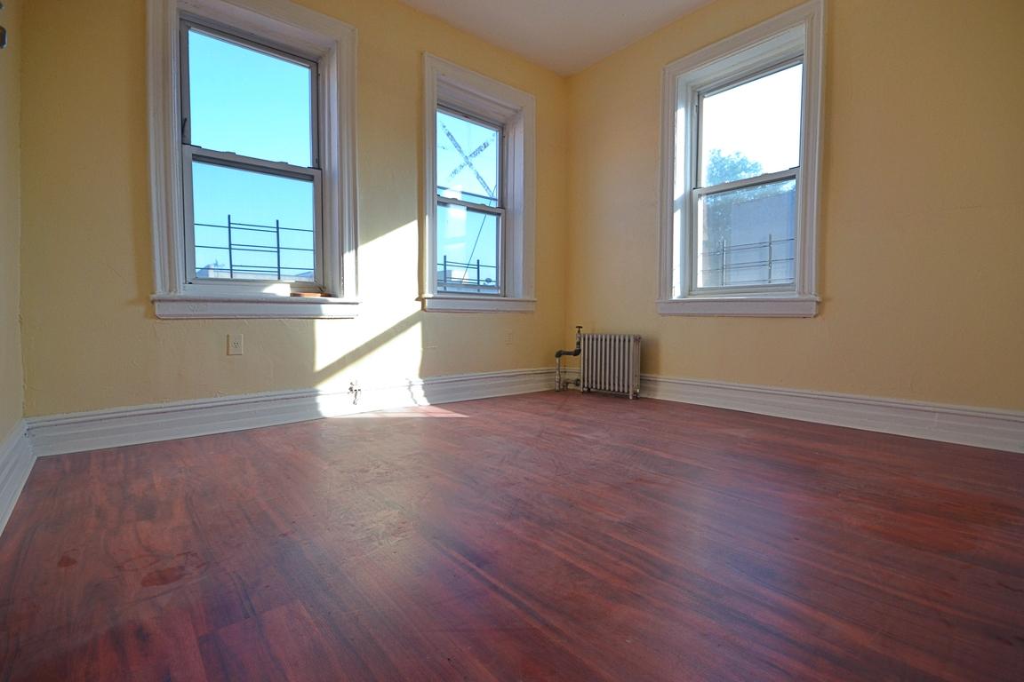 bushwick 3 bedroom rental at 1300 decatur st brooklyn ny 11207 2